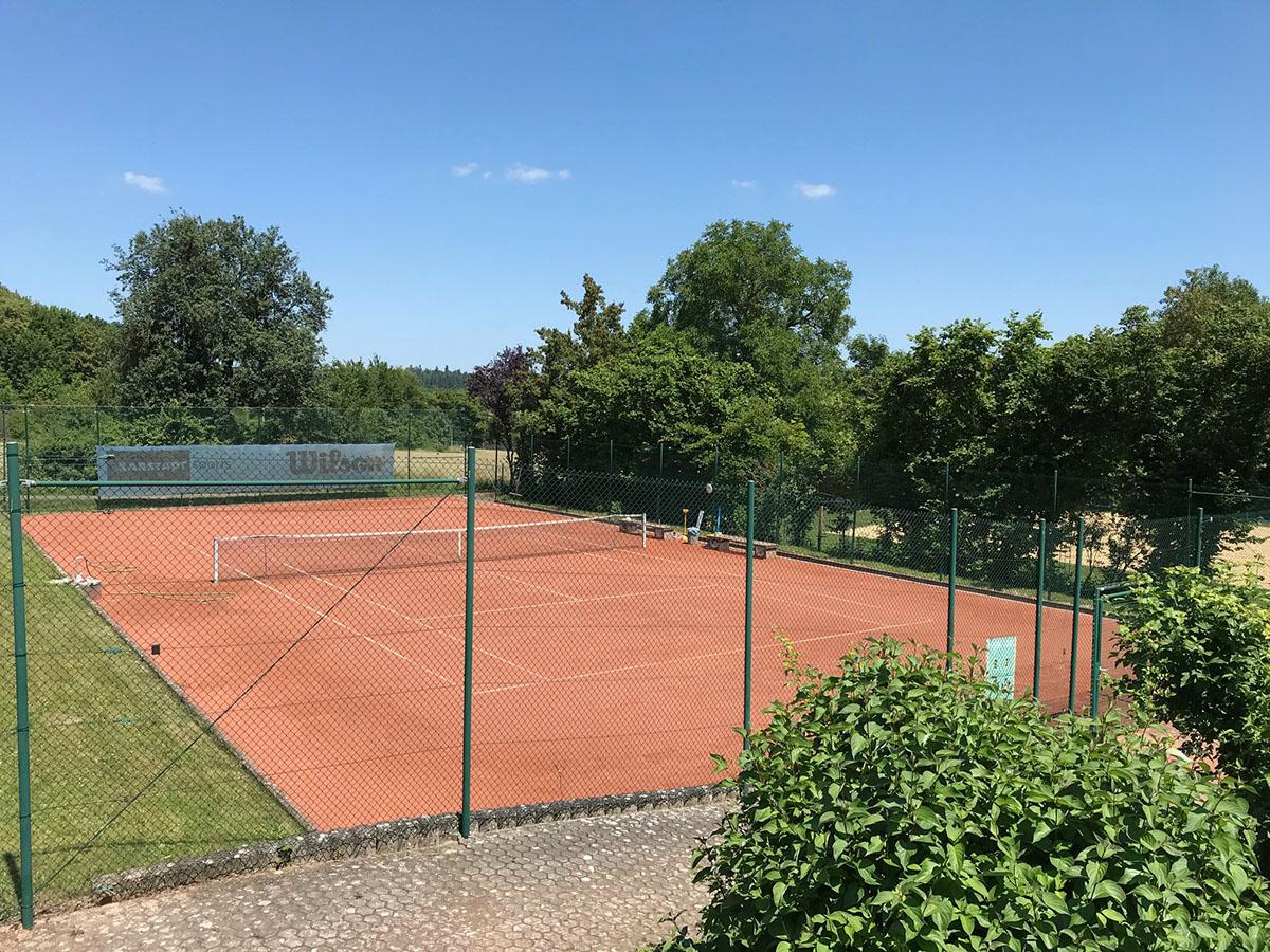 Tennisplatz 6